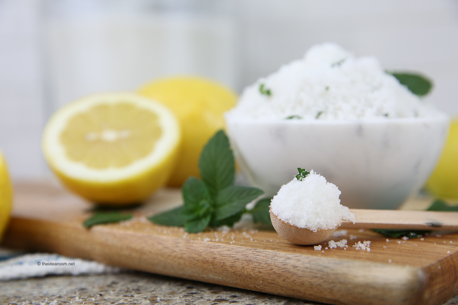 sugar-scrub-recipe-DIY-Lemon