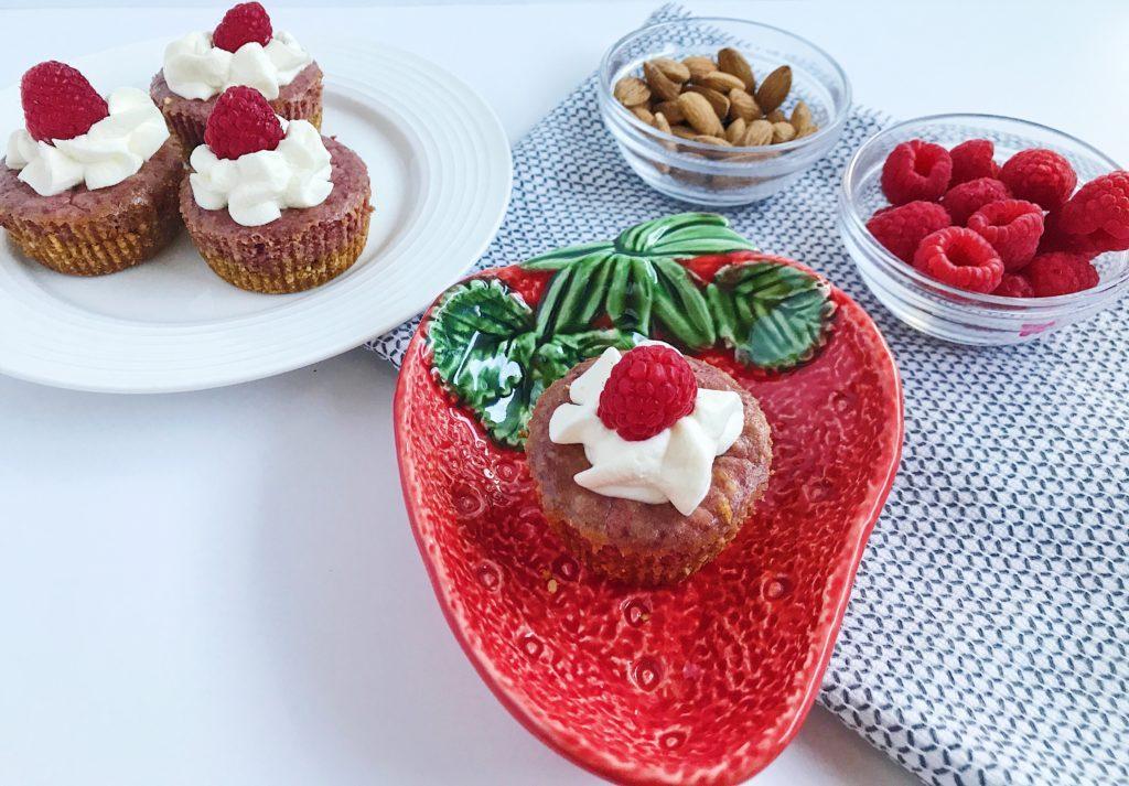 easy-summer-dessert-recipe-mini-raspberry-cheesecakes