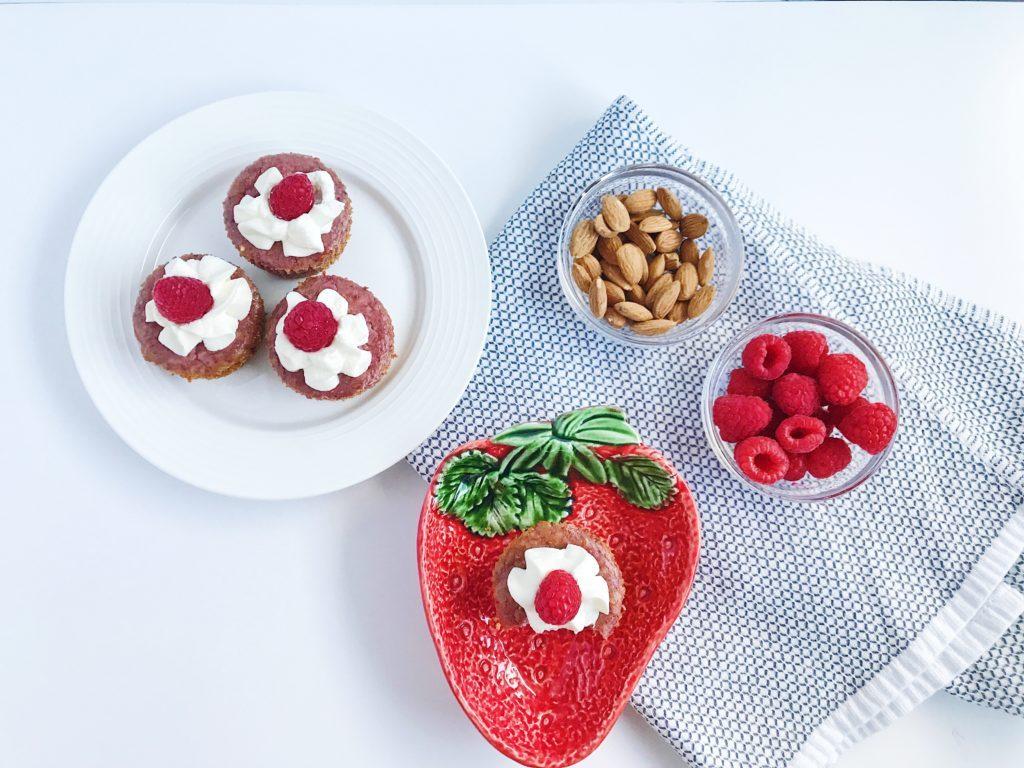how-to-make-mini-raspberry-cheesecakes