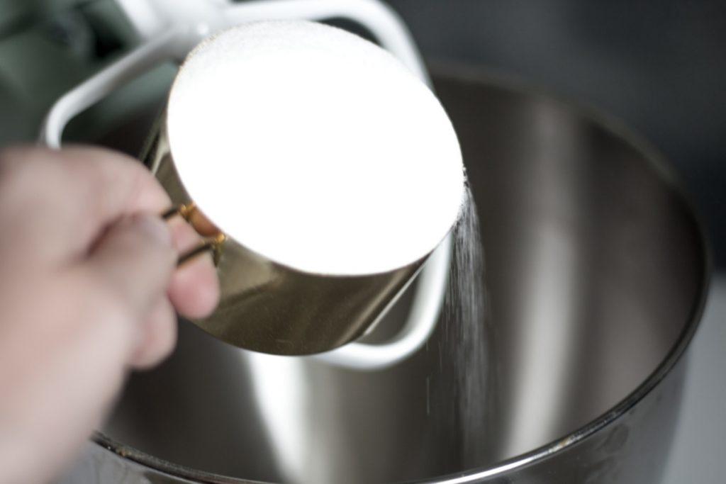 Pouring-Sugar-Mixture-Eucalyptus-Peppermint-Sugar-Scrub-Recipe