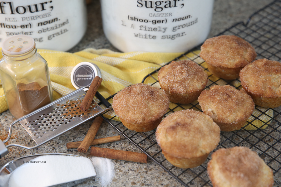 Snickerdoodle-Donut-Muffins-Recipe-Cinnamon-Sugar