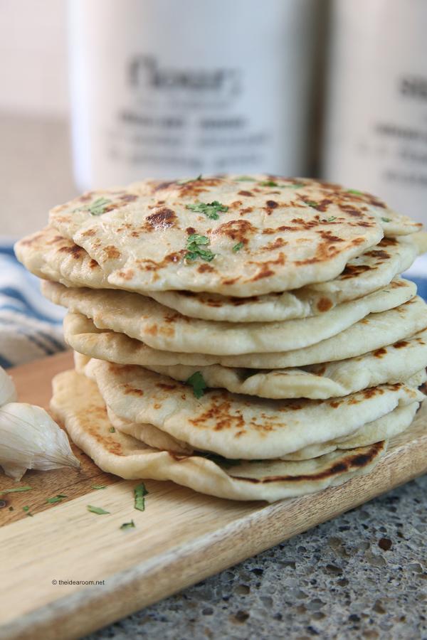 indian-recipe-garlic-naan-bread