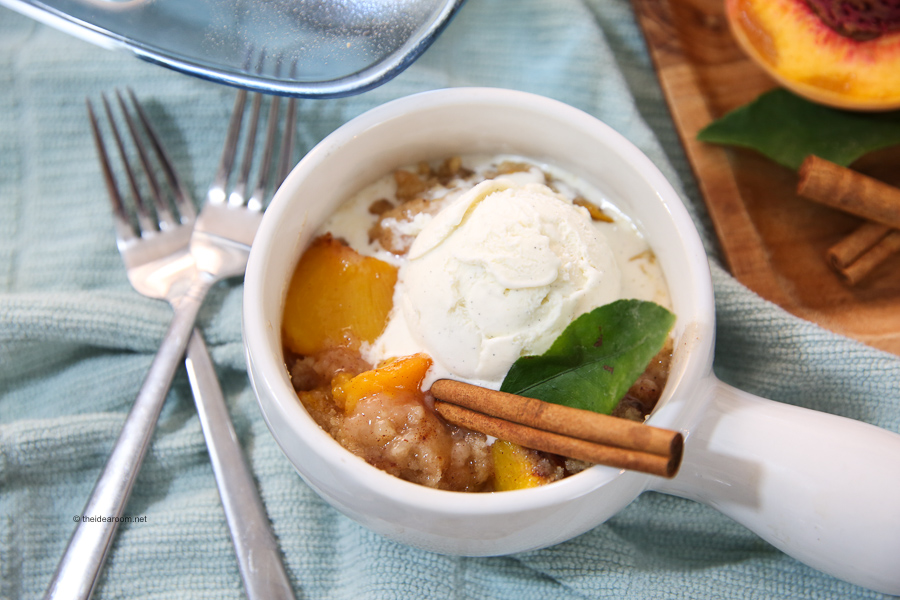 easy and delicious peach crisp recipe