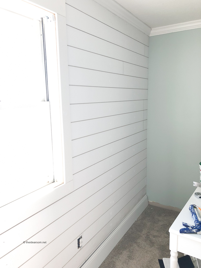 Shiplap-Accent-Wall-Girls-Room-Renovation-Sherwin-Williams