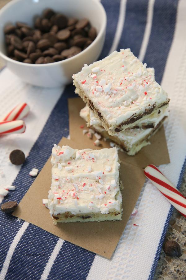 Sugar-Cookie-Peppermint-Chocolate-Chip-Bars-Recipe