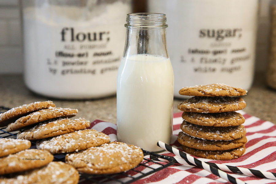 Soft-Chewy-Ginger-Molasses-Cookies-Recipe