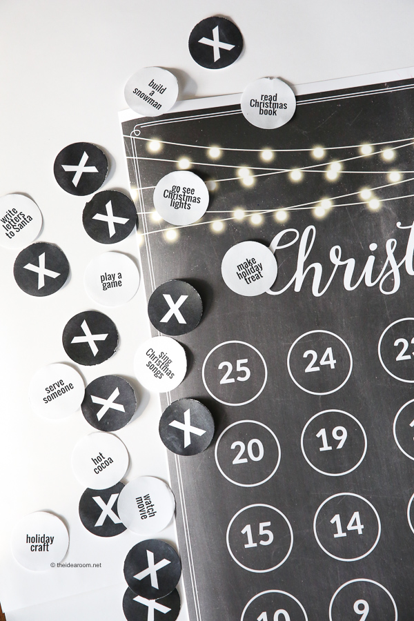 Printable-Christmas-Countdown-Advent-Calendar-Poster-with-Staples