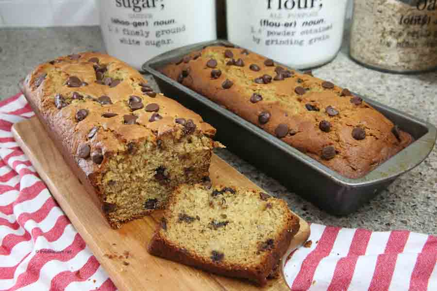 banana peanut butter bread recipe with chocolate chips