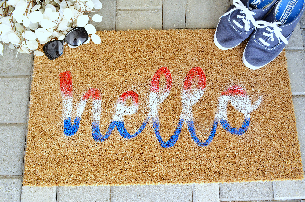DIY hello fourth of july doormat