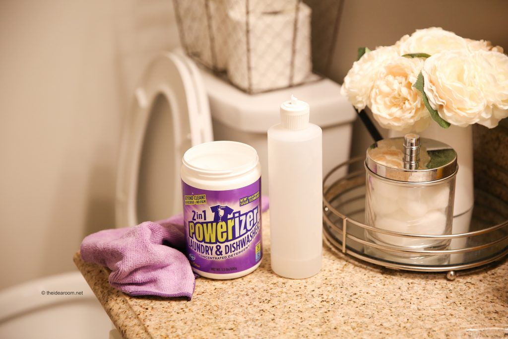 2 in 1 powerizer cleans bathrooms