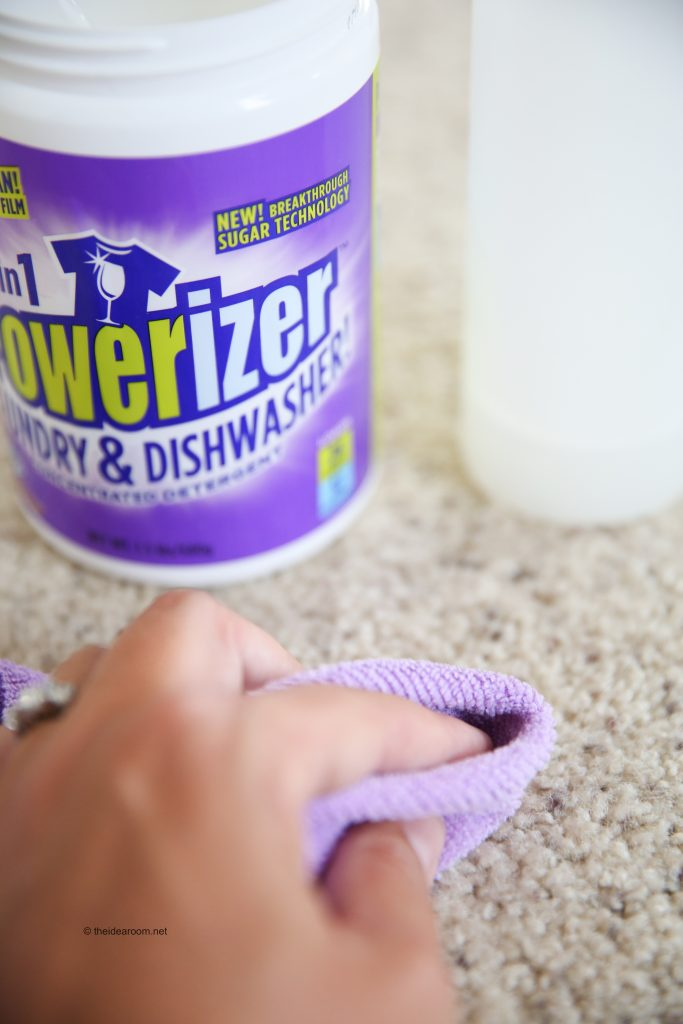 2 in 1 powerizer cleans countertops